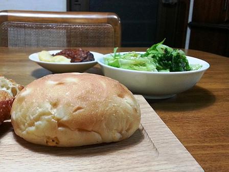 「アルカディア」のパン