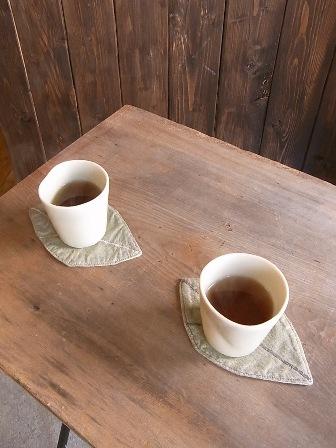 お茶とコースター