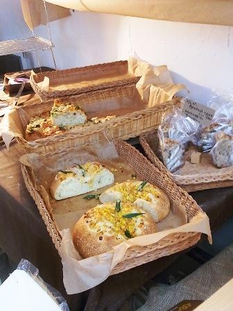 工房のパンたち