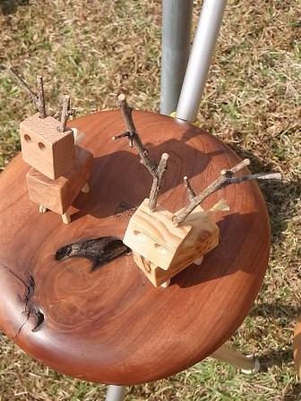 木彫りの鹿さん