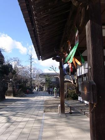 達磨寺の境内