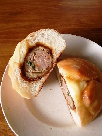 肉団子のパン